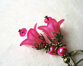 Pink Flower Earrings, Hot Pink Earrings, Pink Lucite Flower, Magenta Earrings, Floral Earrings, Pink Lily Earrings, Pink Bridesmaids Jewelry