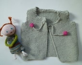 knit baby  vest,hand knitted,baby girl