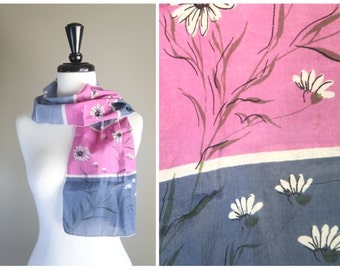 Lovely 1950s Vintage Blue & Purple Daisy Pattern Neck or Hair Scarf / Floral 1940s