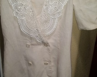 Ivory Dress Vintage Victorian Prairie Dress with Lace Embroidered Collar, Scallop Sleeve, Costume