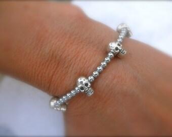 Tiny skulls silver beads bracelet