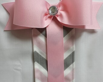 Pink and Gray Chevron Bow Holder
