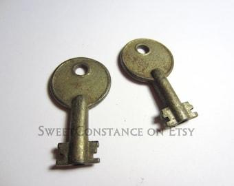 One Pair of Heavy Steel Keys  // Authentic Antique Keys  // Old Metal Keys // Skeleton Key Charms //