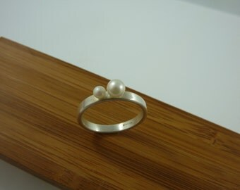 5mm amd 3mm white pearls brushed sterling silver ring