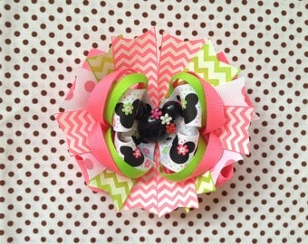 SALE! Ready To Ship Hairbow! Minnie Mouse Hairbow, Minnie Hairbow, Spring Hairbow, Chevron, Boutique Hairbow, Girls Hairbow