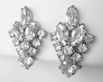 Dazzling Vintage Clear Prong Set Marquise Princess Cut Rhinestones Patent Pending Silver Tone Clip On Climber Earrings Excellent Condition