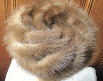 "Natural Fur Pillbox Hat - Ladies' Brown Real Fur Cap - True Vintage, Genuine Fur - Feminine Trapper Hat - 21.5"" Band Women's Small to Med"