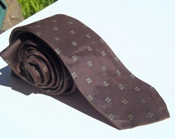 Vintage 1960s Brown Skinny Tie with Square Neats by Dino Orsini