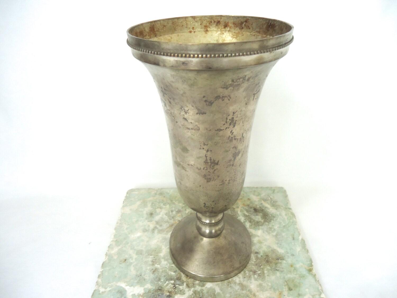 vintage large silver vase gorgeous vase urn wedding chalice. Black Bedroom Furniture Sets. Home Design Ideas