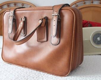 vintage weekend suitcase