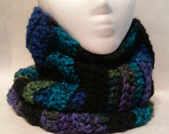 Crochet Scarf, Cowl Scarf, Circle Scarf, Women, Girl, Thick, Soft, Warm, Fluffy, Chunky