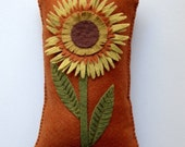 Wool Felt Appliqued Embroidered Sunflower Pillow, Throw Pillow, Spring Decor, OFG, FAAP, Orange, Mother's Day Gift, Gift for Mom