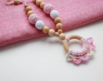Crochet Nursing Necklace with Ring for Mother and child - Natural Teething necklace with crochet beads - Nursing Breastfeeding Mommy