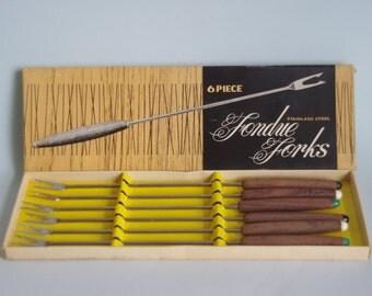 SALE Retro fondue fork set (6) in original box. Vintage made in Japan.