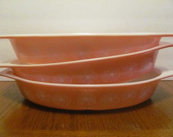 3 Pyrex Pink Daisy Divided Casserole Dishes 1.5 Quart