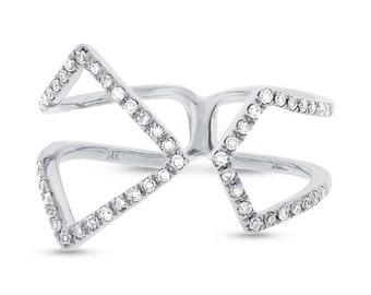 Beautiful Gold Diamond Ring BXSC22003830