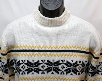 Mens White Fair Isle Sweater / Vintage Pullover Ski Sweater / Size Medium Jumper