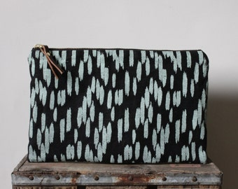 Quill Large Pouch