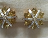 Vintage gold prong yellow and clear rhinestone clip on earrings