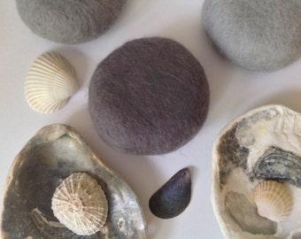 3 Felted SOAP pebbles, plain colours, Gift Idea, felt soap,