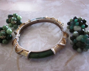 SALE SALE Vintage Green Jewelry Sets, Jewelry Lot, Vintage Faux Jade and Gold Bangle Bracelet and Two Pairs of Japan Beaded Earrings Set