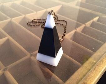 Vintage Mod pendant necklace