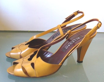 Vintage Made in Italy Allegro Caramel Peeptoe Sling Backs 7M