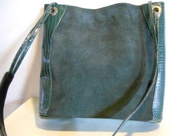 Gorgeous vintage green suède leather tote bag,  vg condition