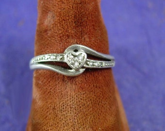Genuine 9 Diamond wedding band heart engagement vintage promise ring  sweetheart anniversary sterling silver size 6 1/2 womens ladies