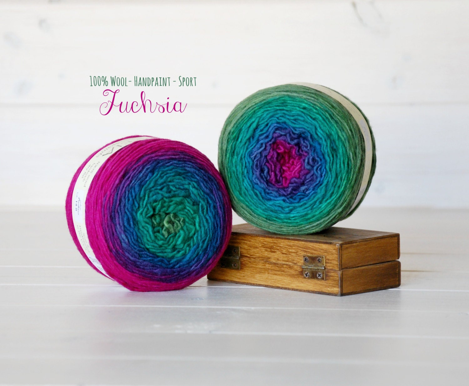 Hand Dyed Gradient Yarn 100% Wool Color: Fuchsia Ombre