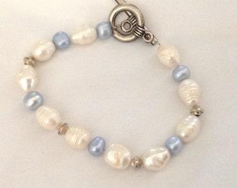 Vintage Genuine Blue & White Pearl Bracelet