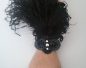 Gatsby wrist corsage, black feather corsage, goth bracelet, 1920s prom, black swan costume, Gatsby Prom, flapper accessories, corsages prom