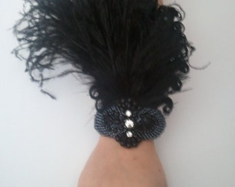 Gatsby wrist corsage, black feather corsage, prom corsage, corsages for prom, 1920s corsage, arm corsage, goth corsage, 1920s wedding