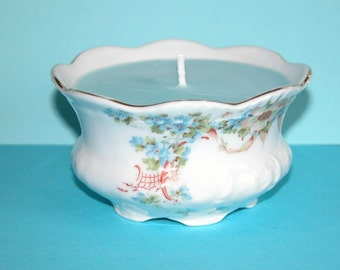 Pretty Victorian Sugar Bowl filled with 100% Soy Wax (Candle Bowl)