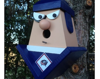 Hockey Player Birdhouse