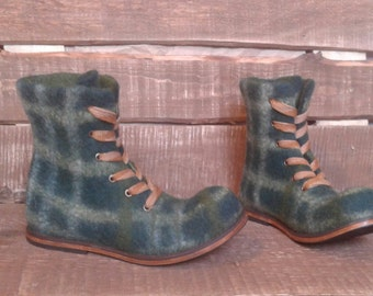 Felted boots Dark Green