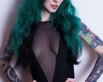 Murmaider - Green & Black Layered Full Wig