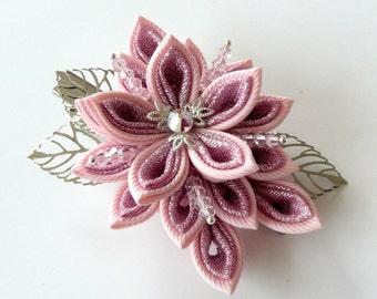 Kanzashi fabric flower hair clip,Pink kanzashi,Shiny Pink flower hair clip, Japanese hair piece,Oriental hair clip,Light pink flower clip