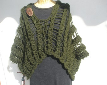 Olive green multifunctional knitted coat-poncho