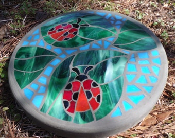 """Ladybug Friends - Handmade Stained Glass and Concrete Mosaic Stepping Stone - 14"""" Round"""