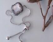 Quatrefoil Bracelet flowergirl Unique quatrefoil Bracelet Pearl bracelet with swarovski gemstone Jewelry Quatrefoil pearl bracelet forher