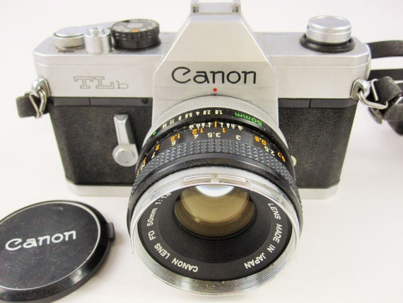 how to clean inside a canon camera body