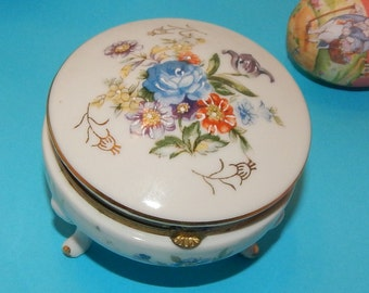 Vintage Victorian Style Romantic Porcelain Footed Trinket box with floral design by Napcoware