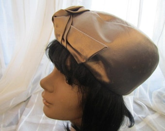 Vintage Champagne Satin Hat, Duby, Hutzlers, ca 1950s