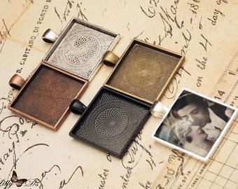20- 25mm Square Photo Pendant Trays - Blank Bezel Cabochon - Shiny - Antique - Vintage - 5 Colors - Mix N Match
