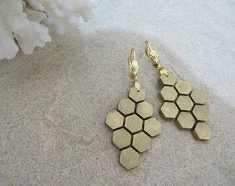 Golden Honeycomb Earrings...