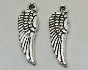 30pcs Mini Feather Charms, 5x16mm Antique Silver Mini Feather Charms Pendant