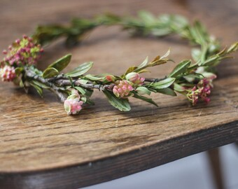 High Quality Synthetic Bloom and Greenery Crown