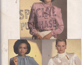Simpliciy 6705 Vintage Pattern Womens Blouse in 3 Styles  Size 6,8,10