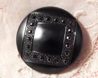Square Design in a Round Black Glass Button